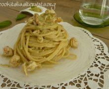 Pasta ai gamberi e pistacchio
